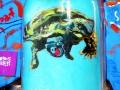 Schildkröte mit Prothese